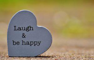 笑って幸せになろう